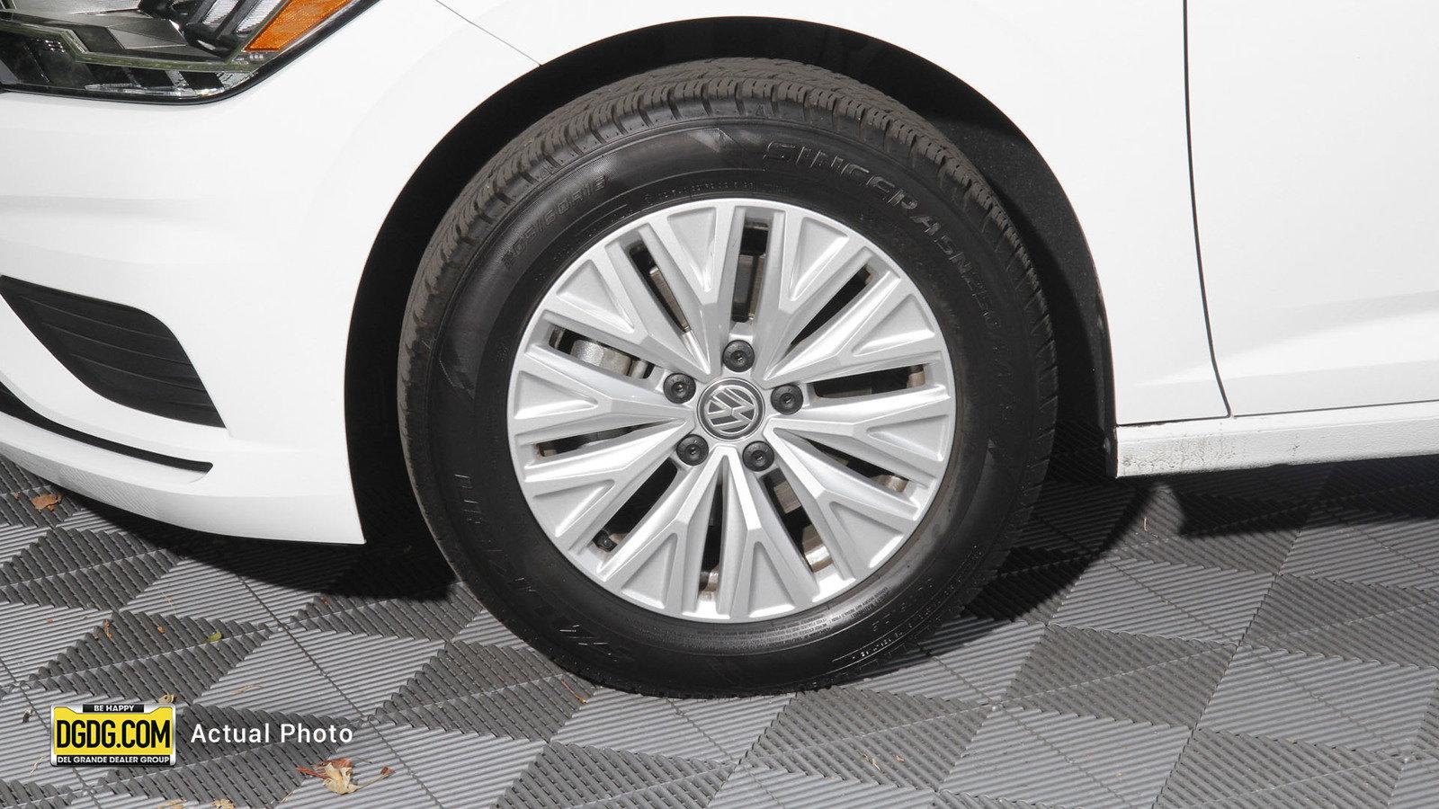 Pre-Owned 2020 Volkswagen Jetta 1.4T S