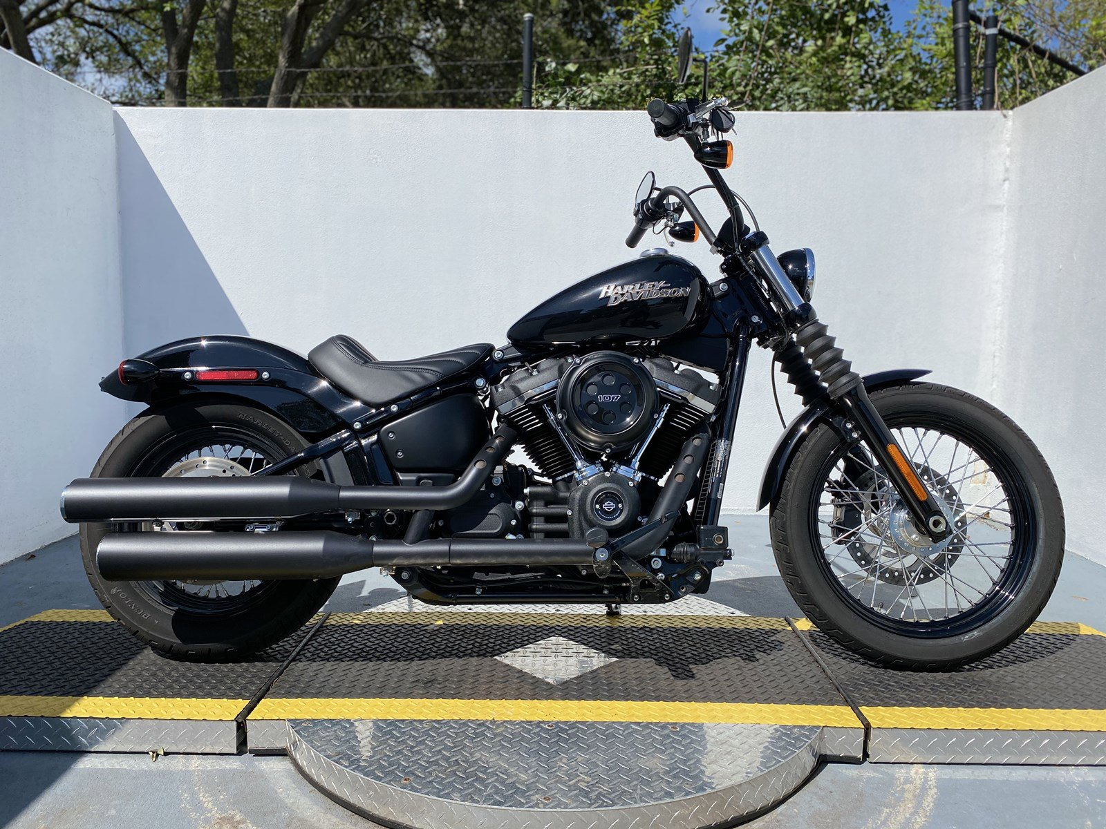 Pre-Owned 2019 Harley-Davidson Softail Street Bob FXBB