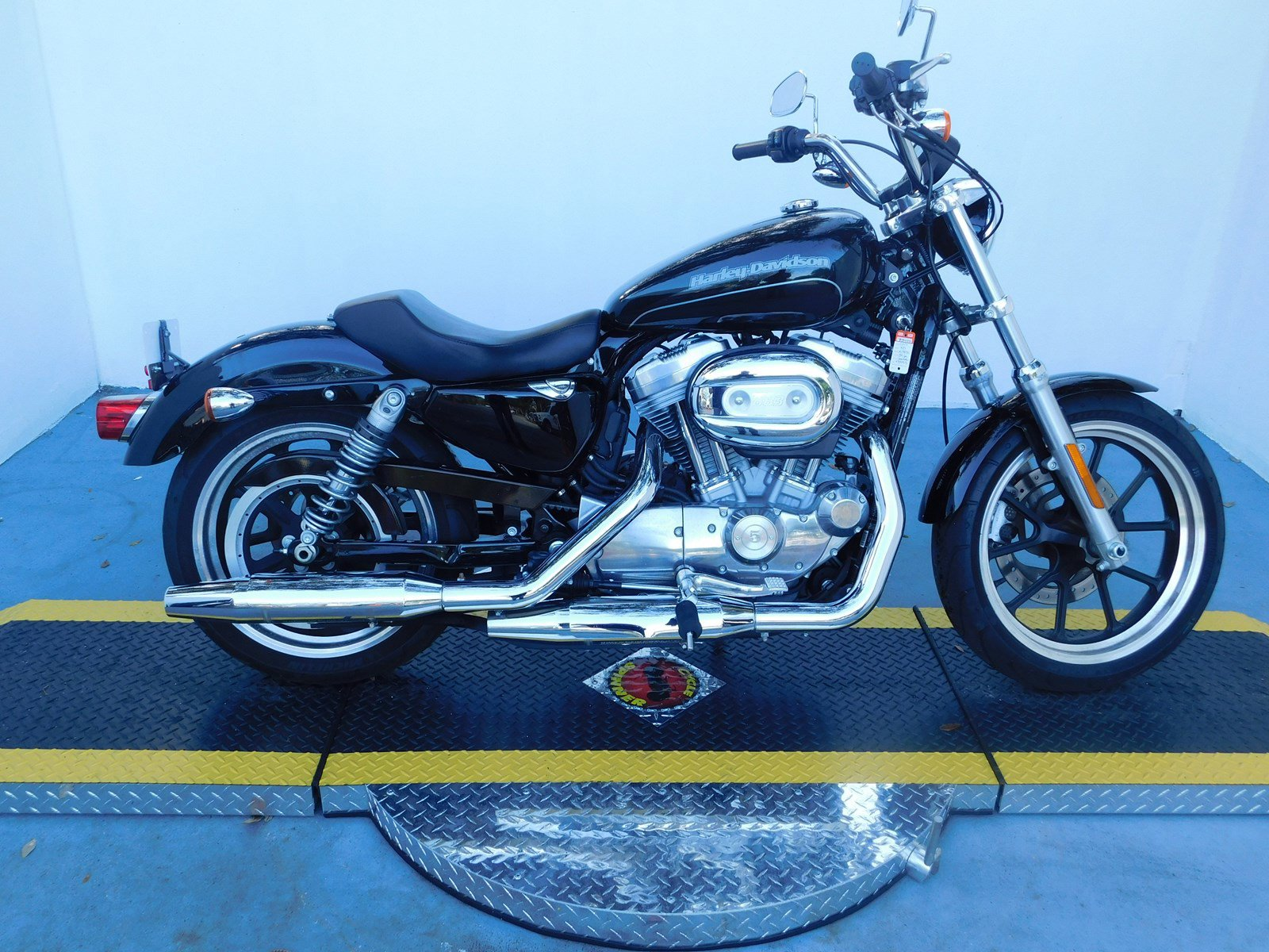 Pre-Owned 2017 Harley-Davidson Sportster 883 Superlow XL883L