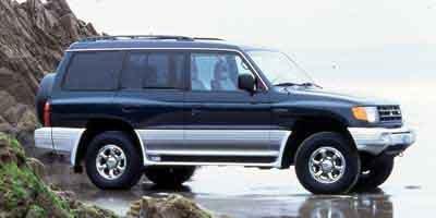 Pre-Owned 2000 Mitsubishi Montero