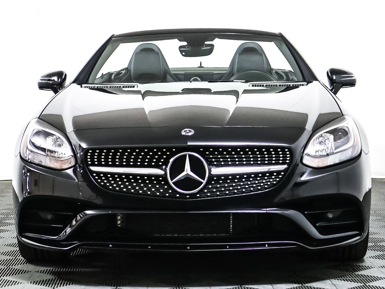 Certified Pre-Owned 2019 Mercedes-Benz SLC SLC 300