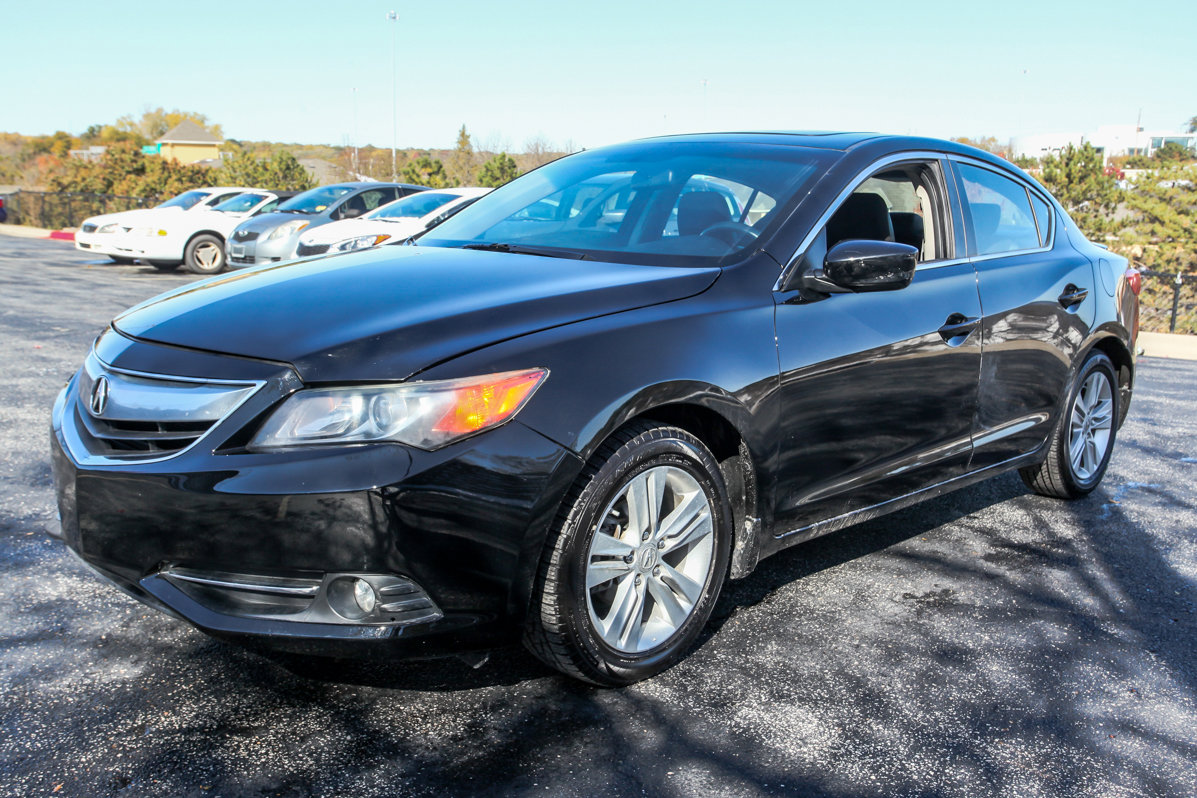 Certified Pre-Owned 2013 Acura ILX Hybrid