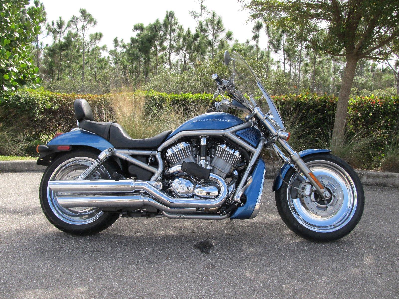 Pre-Owned 2005 Harley-Davidson V-Rod VRSCA