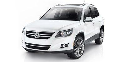 Pre-Owned 2011 Volkswagen Tiguan Comfortline