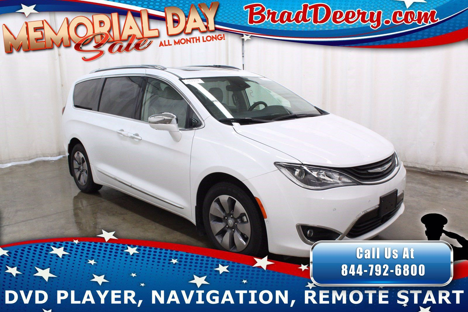 2019 Chrysler Pacifica Hybrid Limited w/ Dual Blu-Ray DVD Entertainment, Navigation, Sunroof, Heated & Cooled Leather