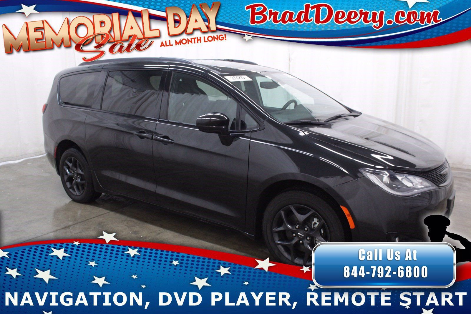 2020 Chrysler Pacifica Touring L Plus   S Appearance Pkg, Navigation,  Blu- Ray Rear Entertainment & Htd Leather Seats