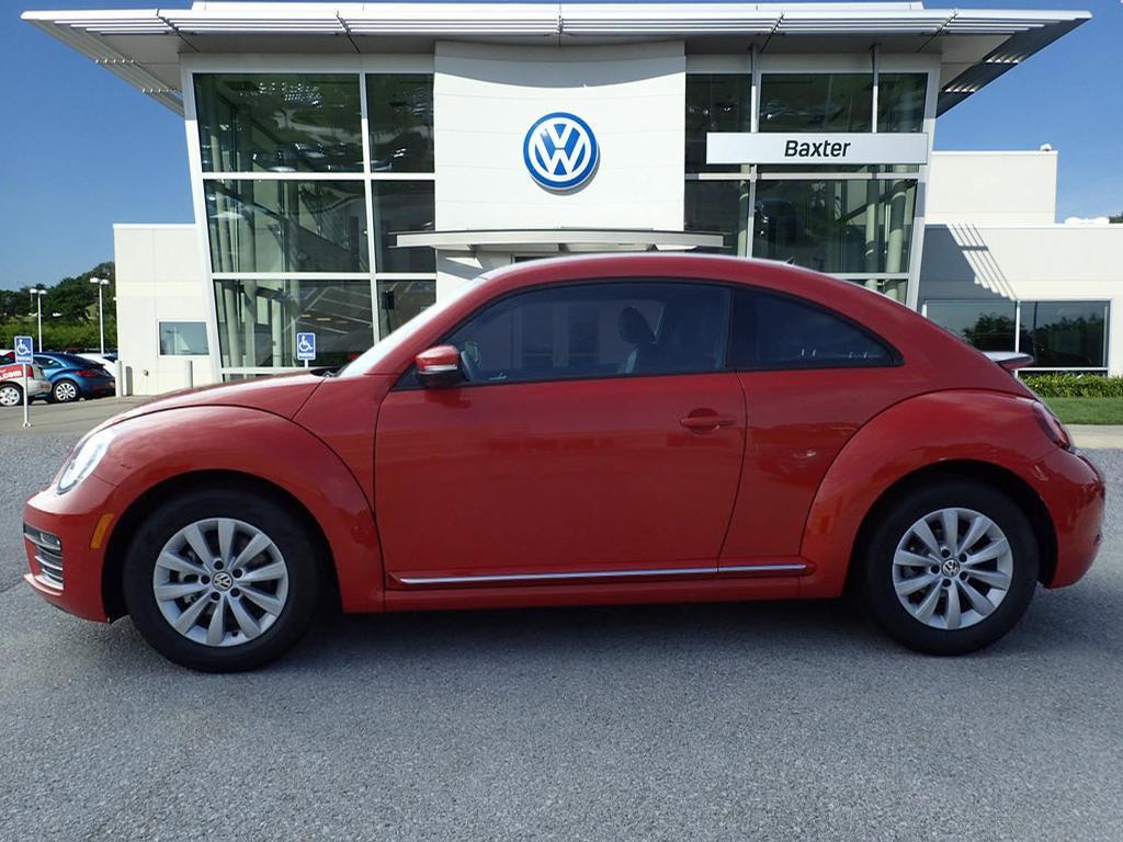 New 2019 Volkswagen Beetle S