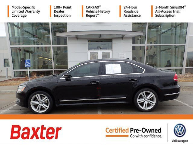 Certified Pre-Owned 2013 Volkswagen Passat TDI SE w/Sunroof & Nav