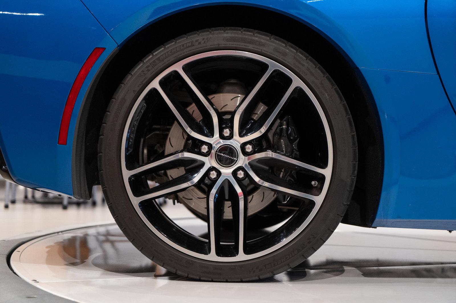 Pre-Owned 2015 Chevrolet Corvette Z51 3LT