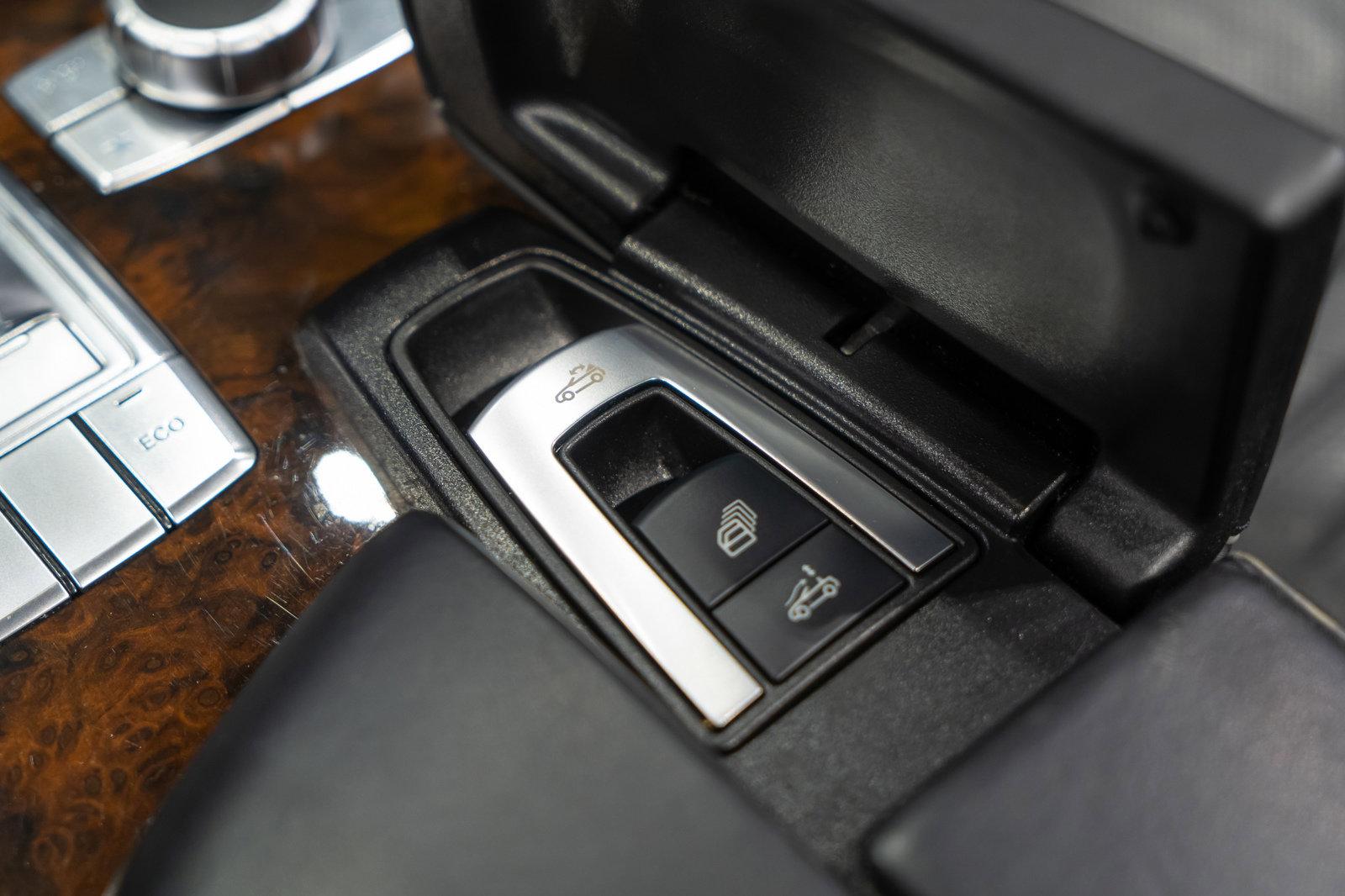 Pre-Owned 2013 Mercedes-Benz SL-Class SL 550