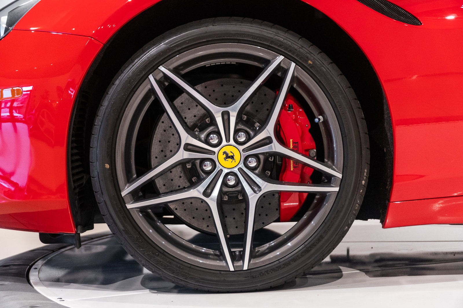 Certified Pre-Owned 2015 Ferrari California