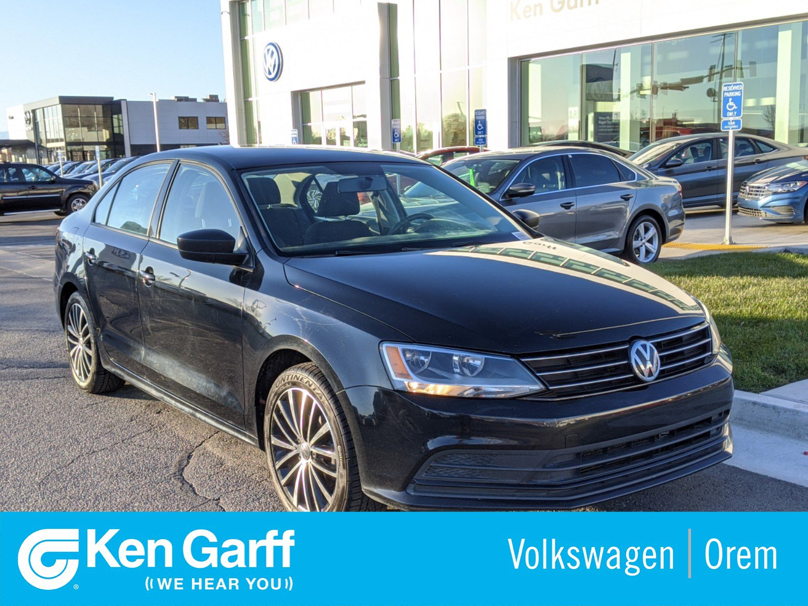 Pre-Owned 2016 Volkswagen Jetta Sedan 4DR SDN 1.4T SE AT