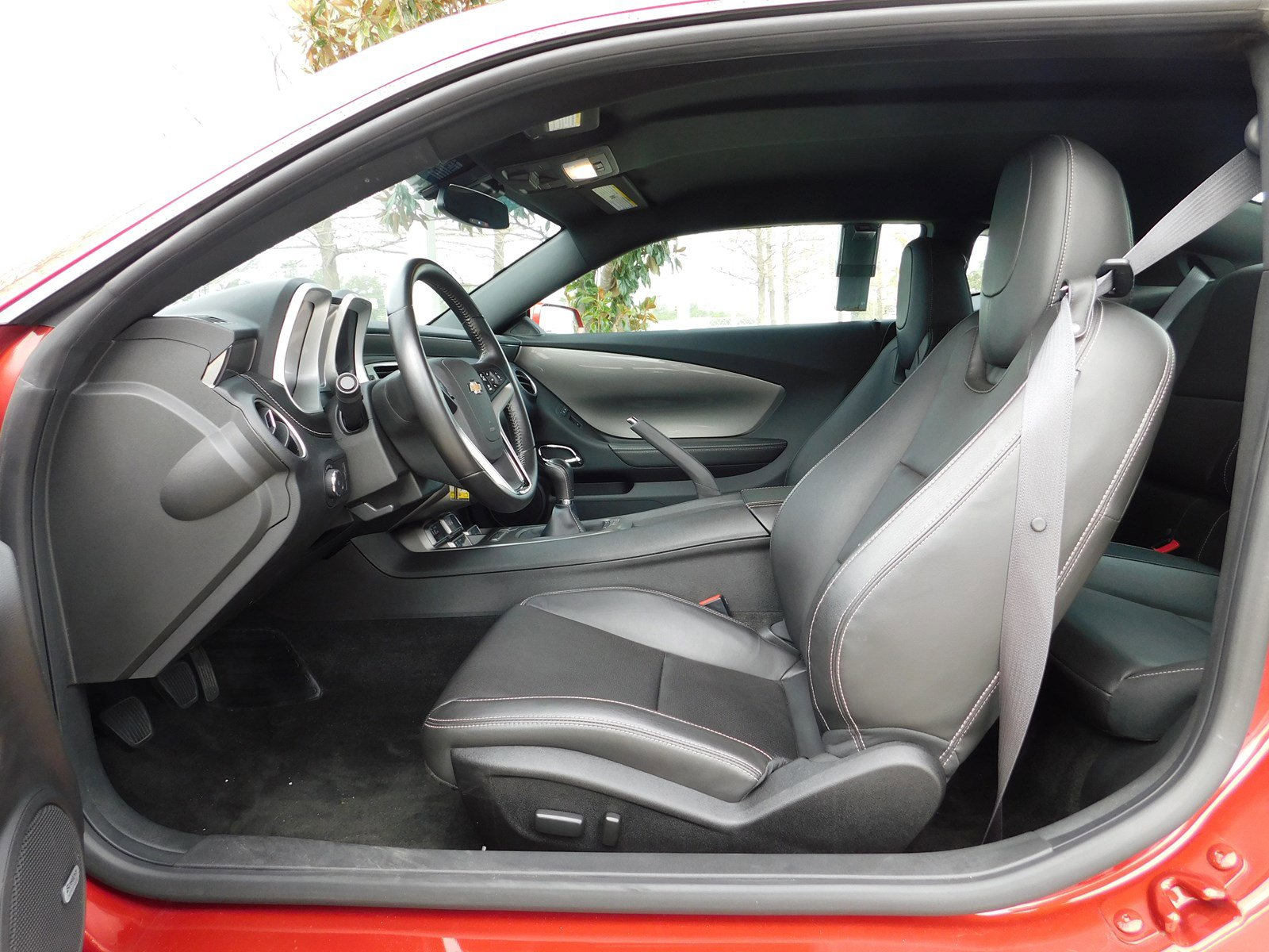 Pre-Owned 2015 Chevrolet Camaro LT