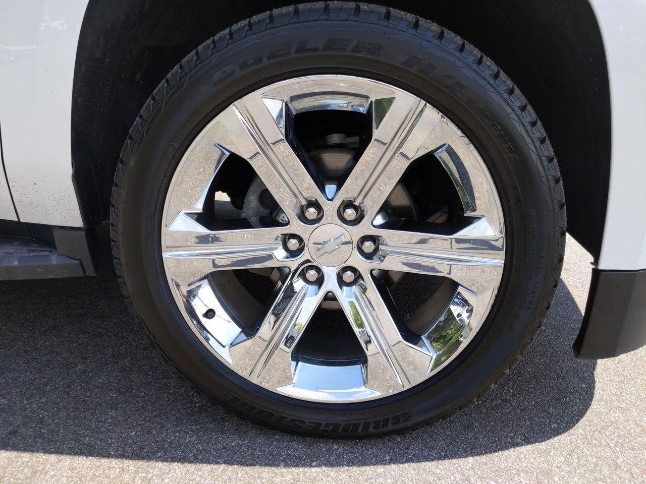 Pre-Owned 2016 Chevrolet Suburban LT