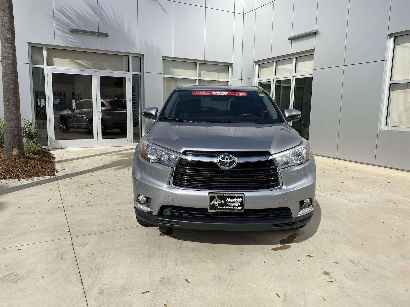 Pre-Owned 2014 Toyota Highlander Limited