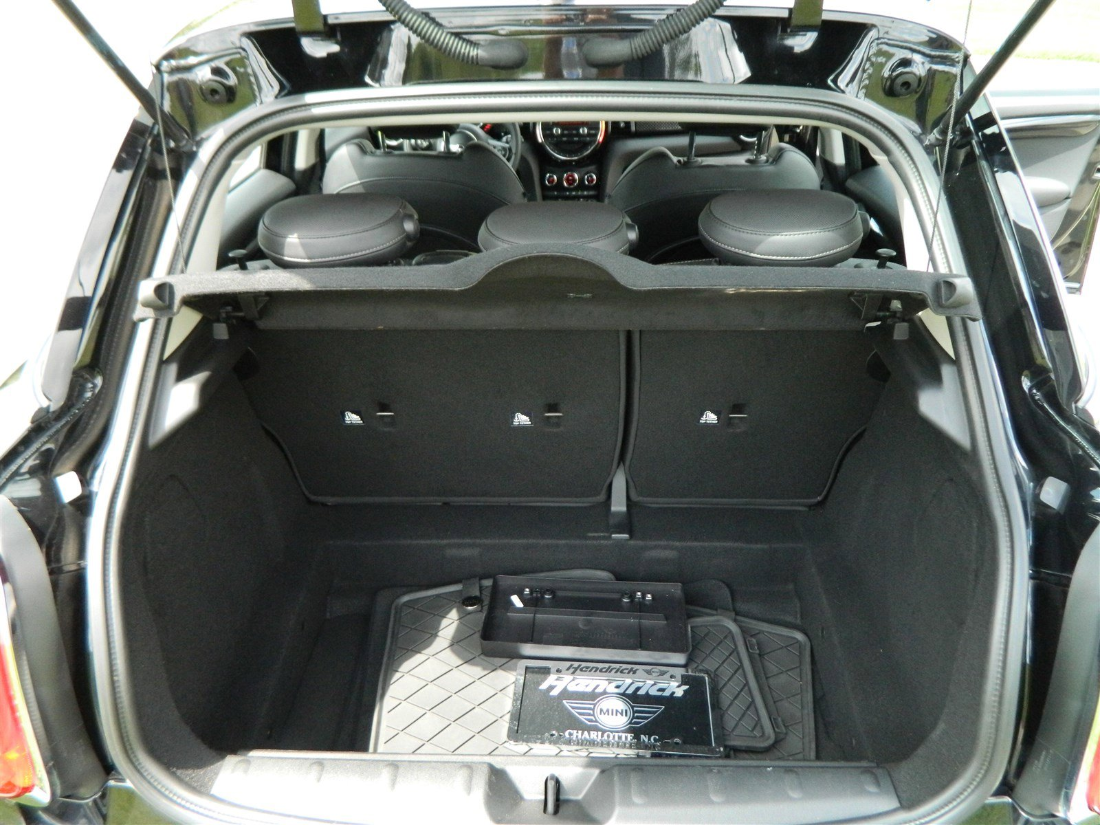 Pre-Owned 2015 MINI Cooper Hardtop 4 Door S