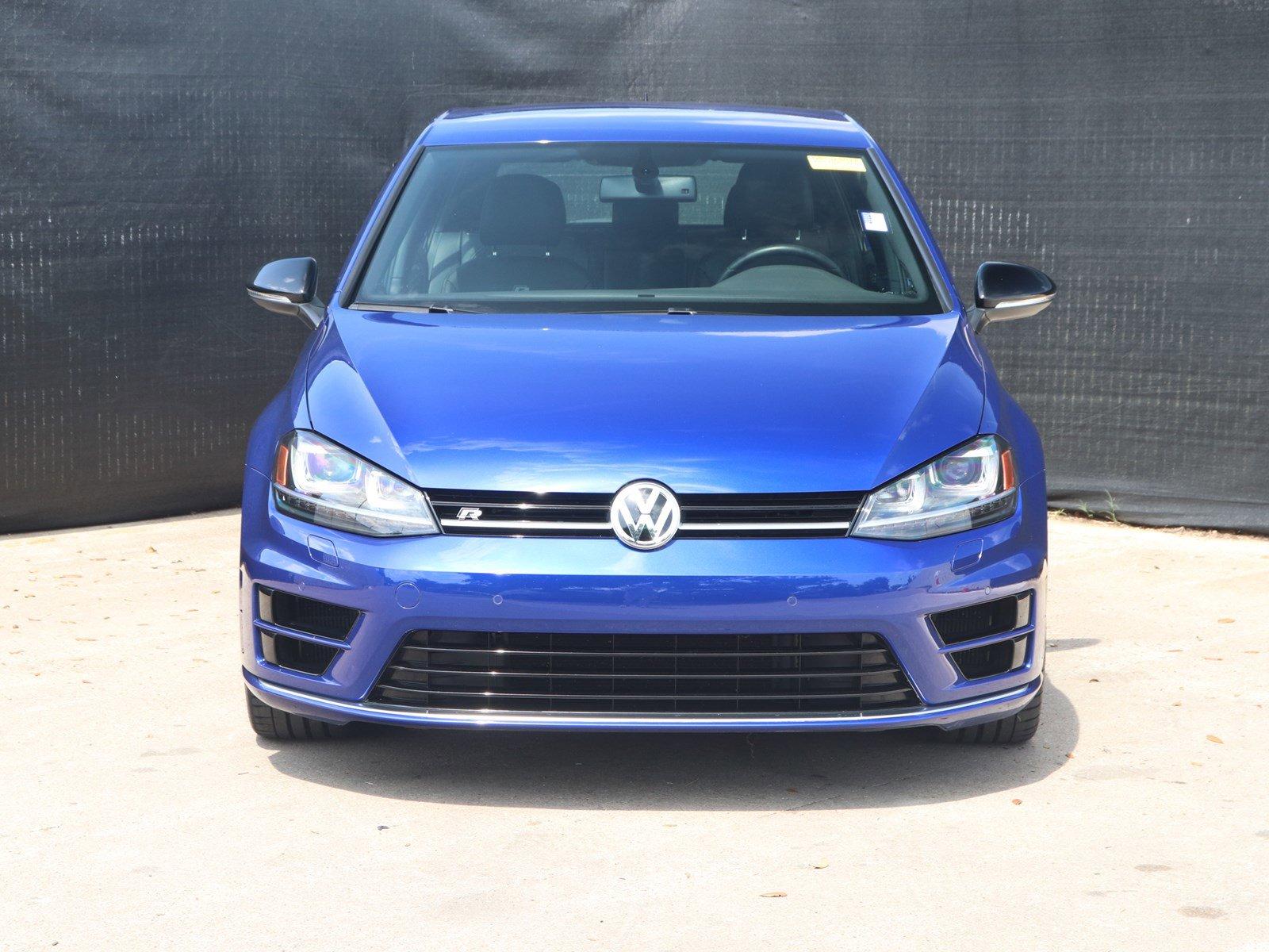 Pre-Owned 2015 Volkswagen Golf R 4dr HB w/DCC/Nav