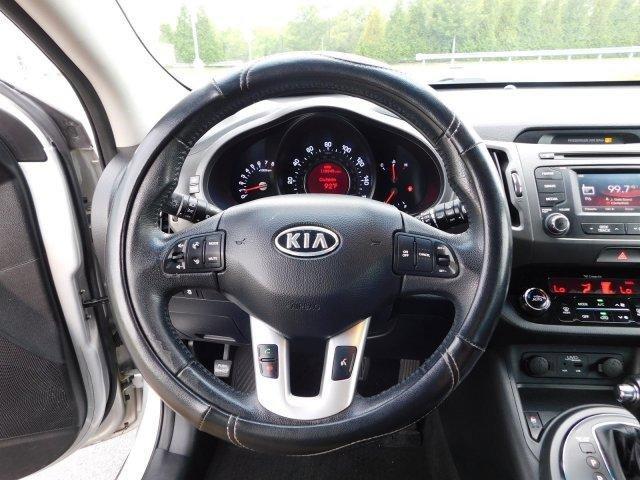Pre-Owned 2012 Kia Sportage SX