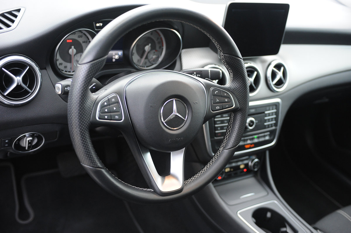 Pre-Owned 2017 Mercedes-Benz GLA 250
