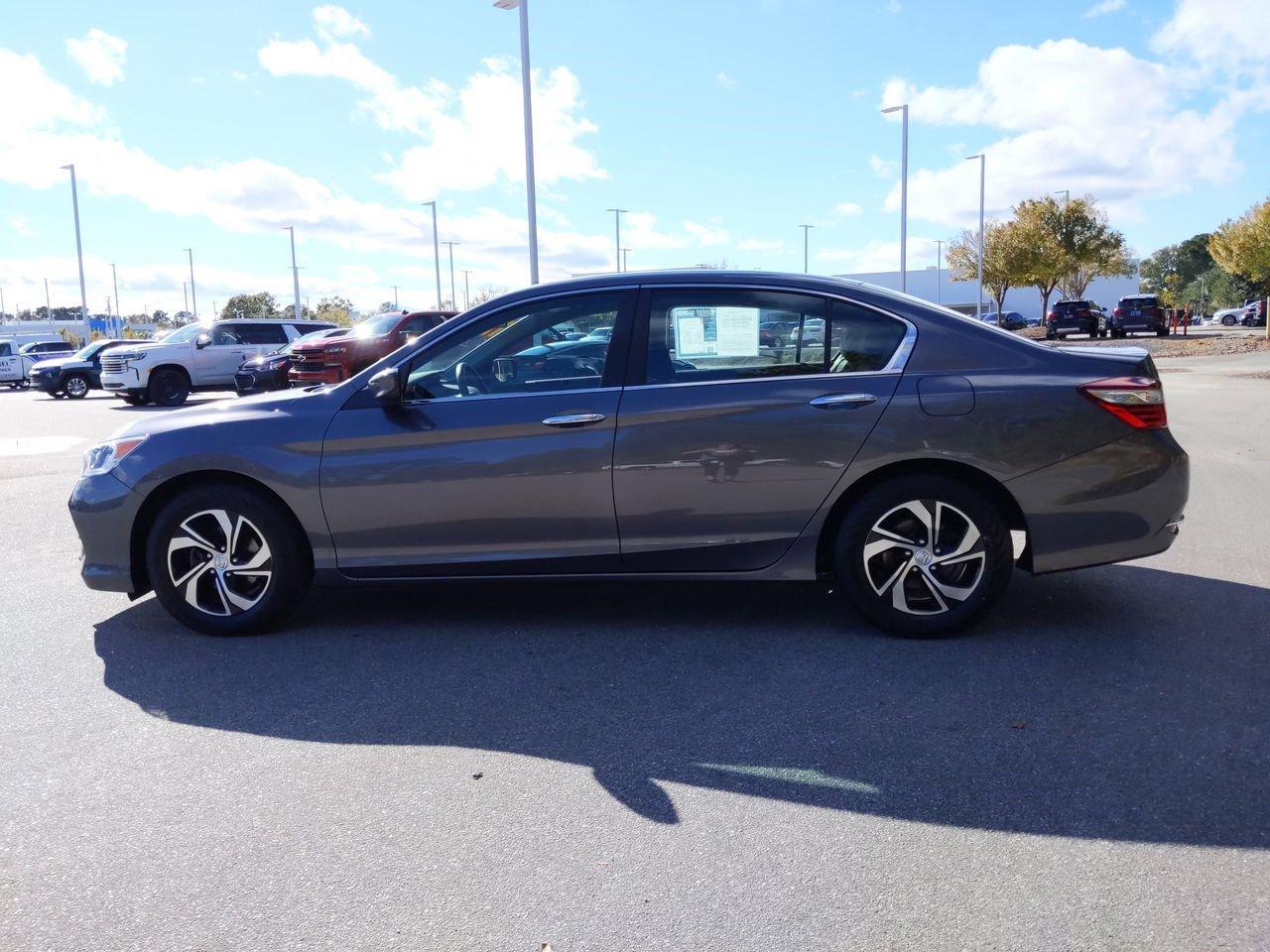Pre-Owned 2017 Honda Accord LX