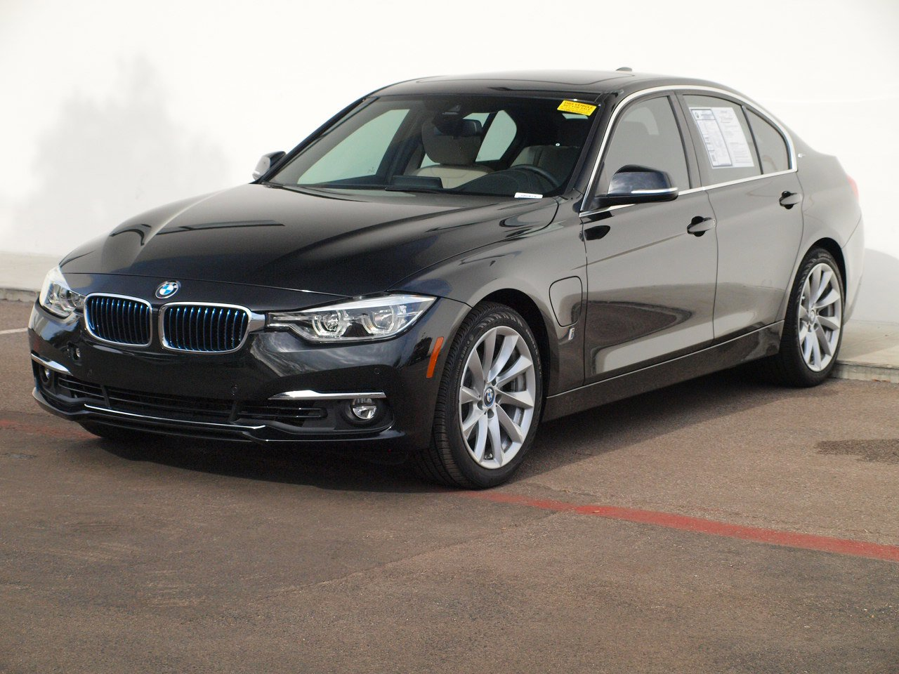Pre-Owned 2018 BMW 3 Series 330e iPerformance