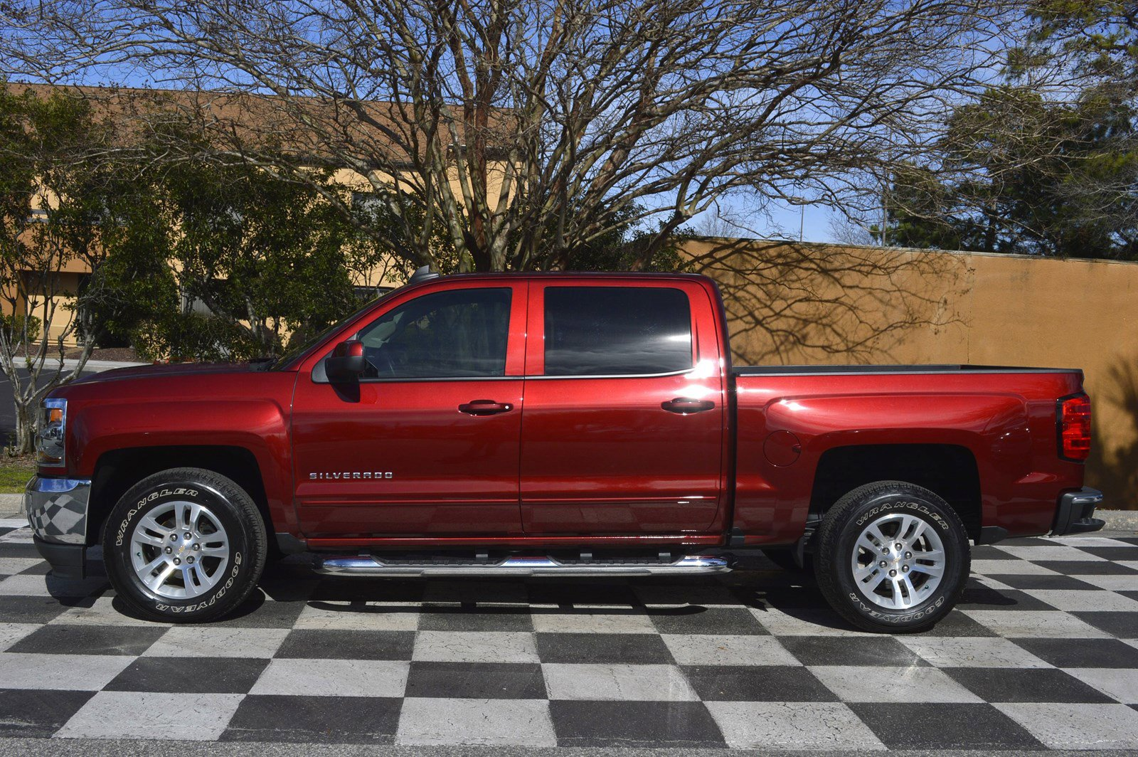 Certified Pre-Owned 2017 Chevrolet Silverado 1500 LT