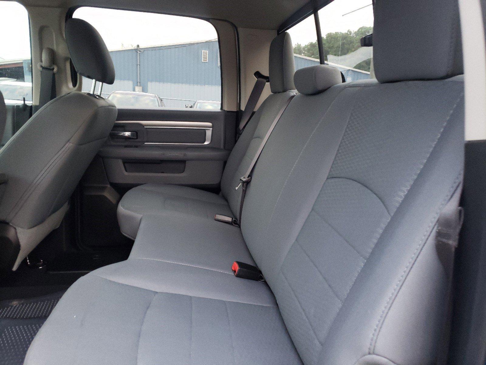 Pre-Owned 2019 Ram 1500 Classic SLT