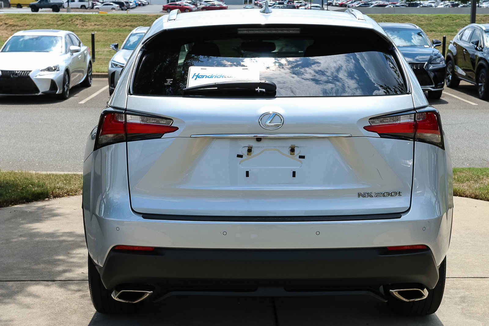 Pre-Owned 2016 Lexus NX 200t FWD 4dr
