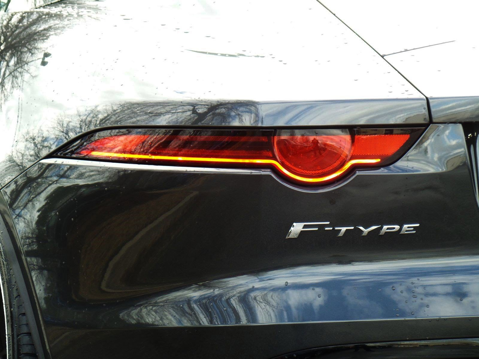 Pre-Owned 2018 Jaguar F-TYPE R-Dynamic