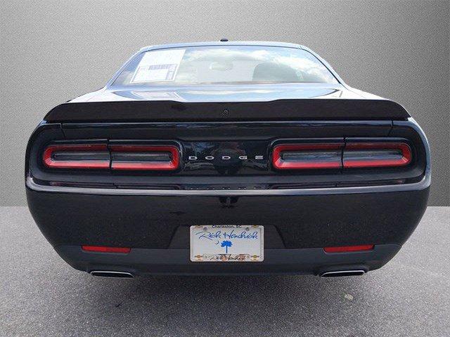 Pre-Owned 2019 Dodge Challenger SXT