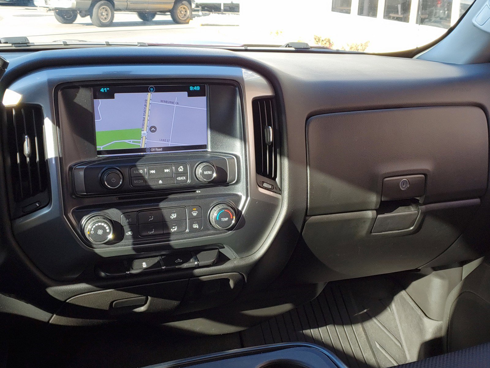 Pre-Owned 2017 Chevrolet Silverado 1500 LT
