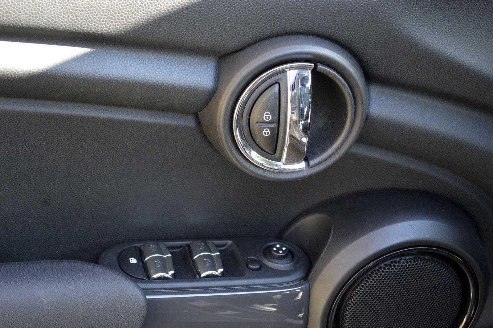 Pre-Owned 2019 MINI Hardtop 4 Door Cooper