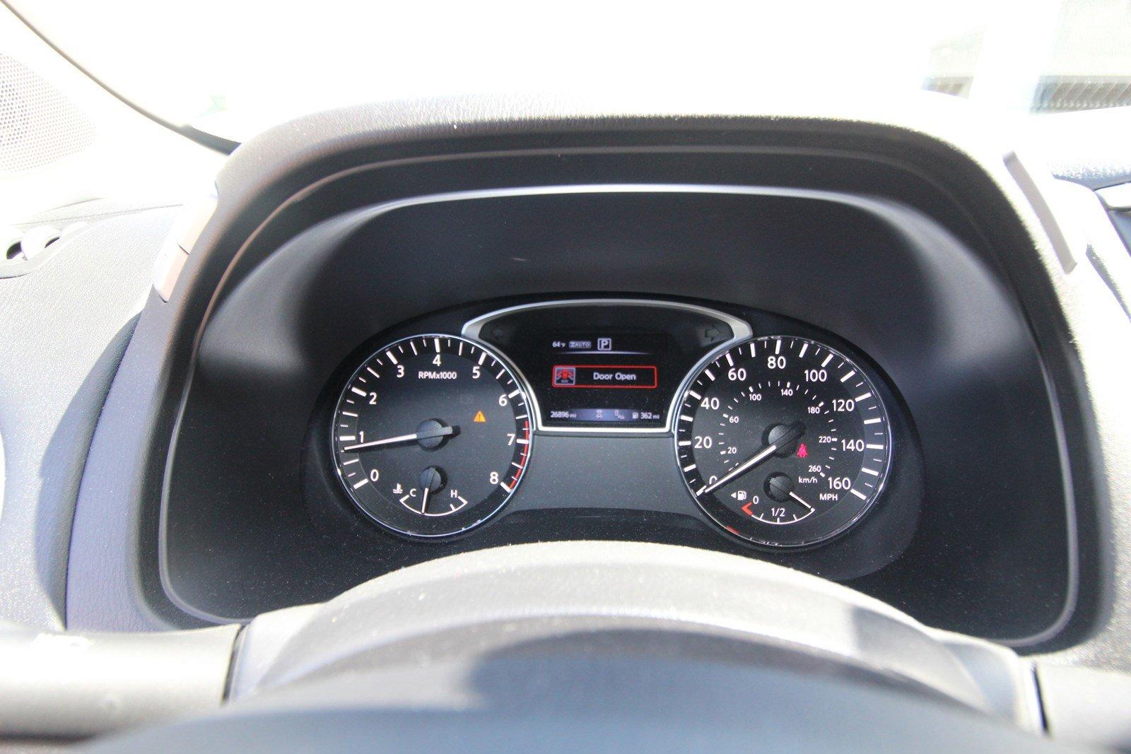 Pre-Owned 2018 Nissan Pathfinder Platinum