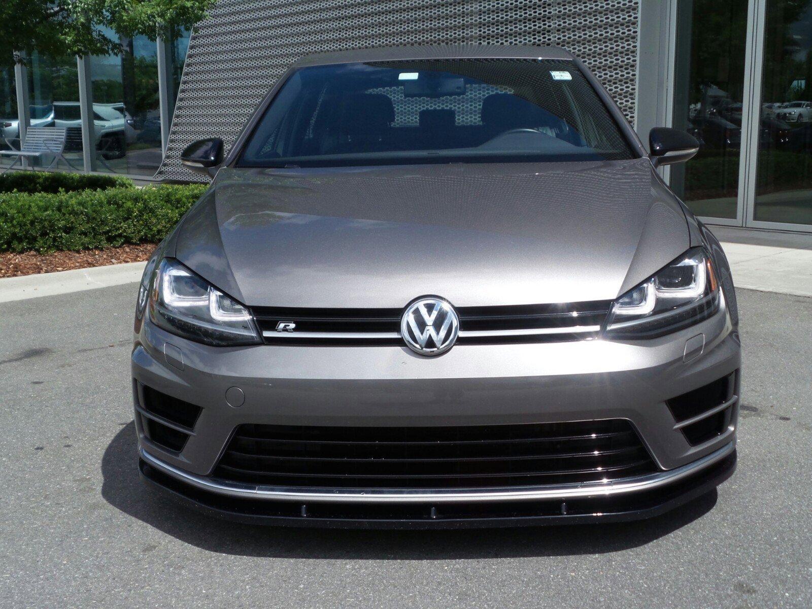 Pre-Owned 2016 Volkswagen Golf R 4dr HB Man