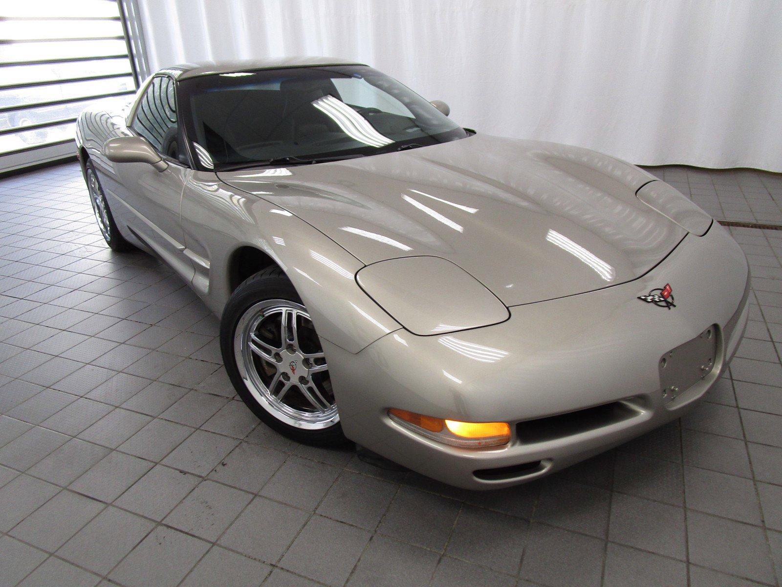 2001 Chevrolet Corvette 2dr Cpe