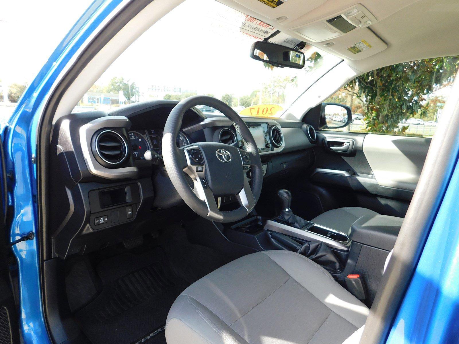 Pre-Owned 2017 Toyota Tacoma SR5