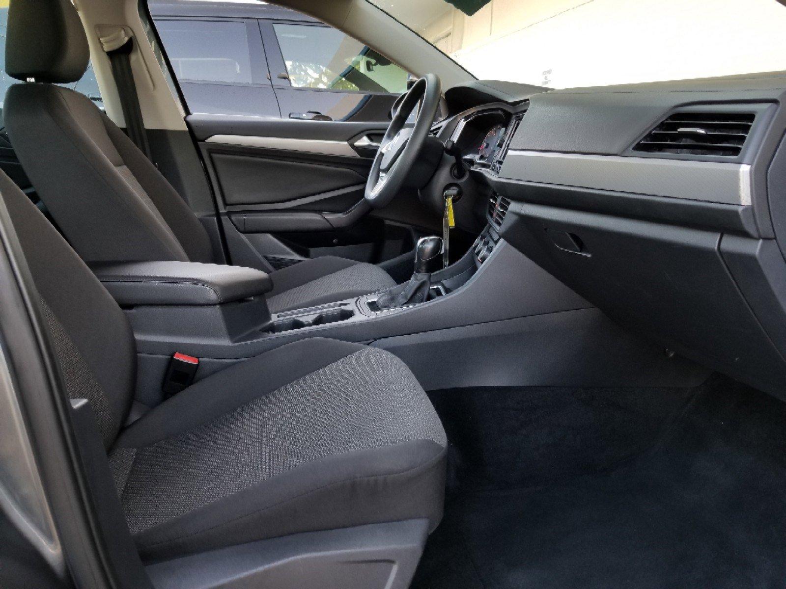 Pre-Owned 2019 Volkswagen Jetta S