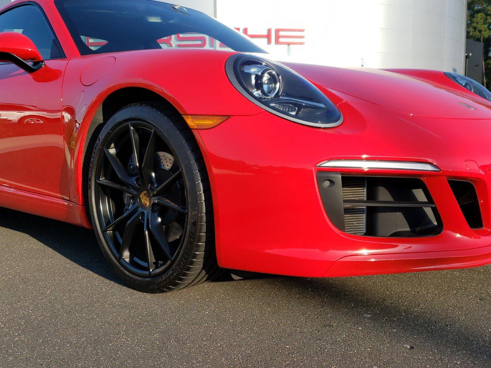 Pre-Owned 2018 Porsche 911 Carrera