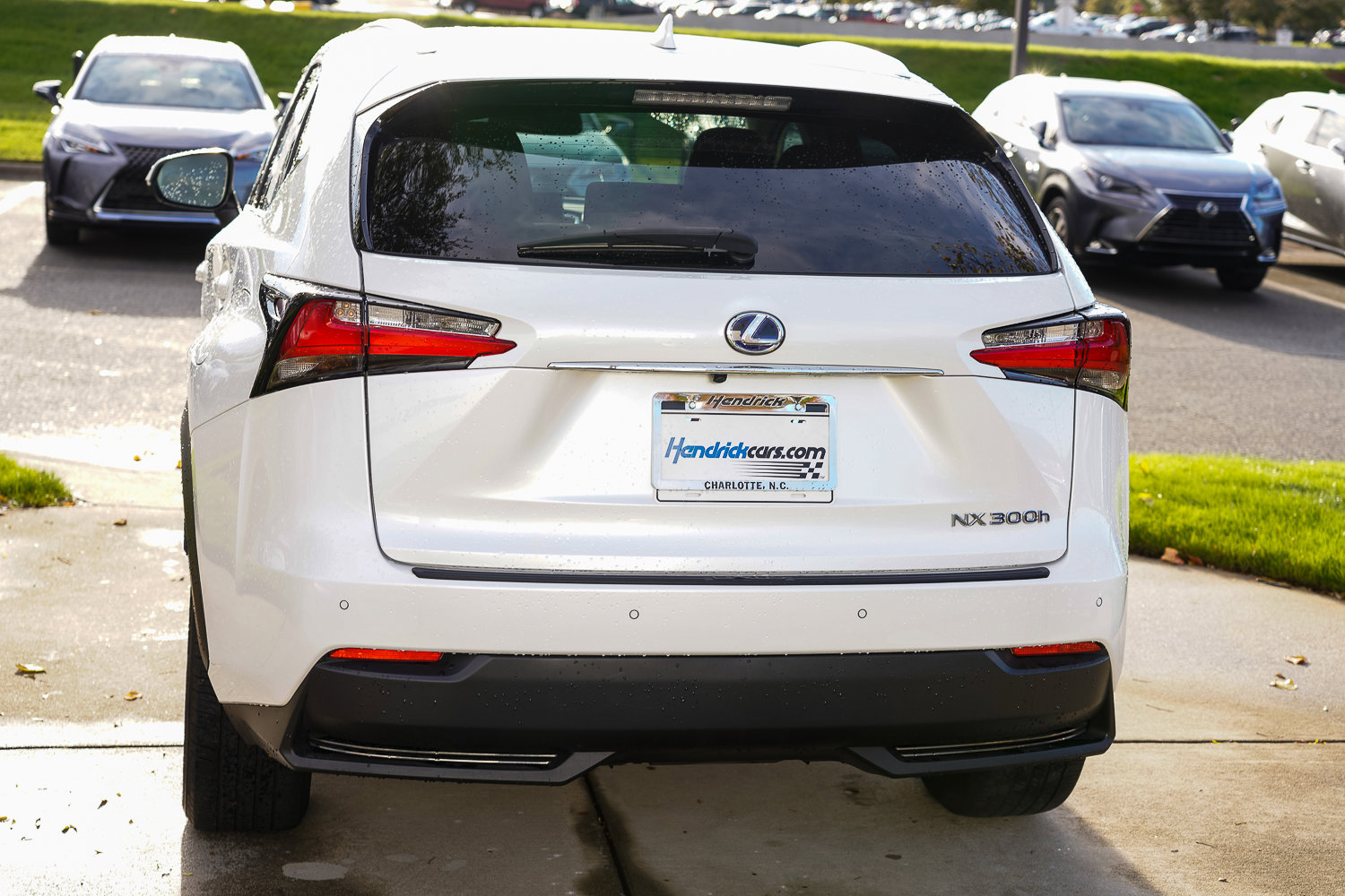 Pre-Owned 2015 Lexus NX 300h AWD 4dr