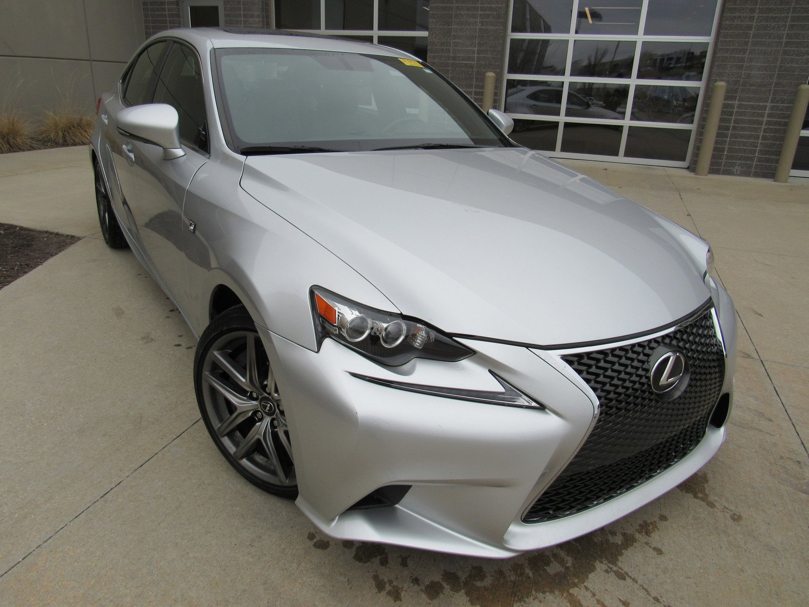Pre-Owned 2016 Lexus IS 350 4dr Sdn AWD