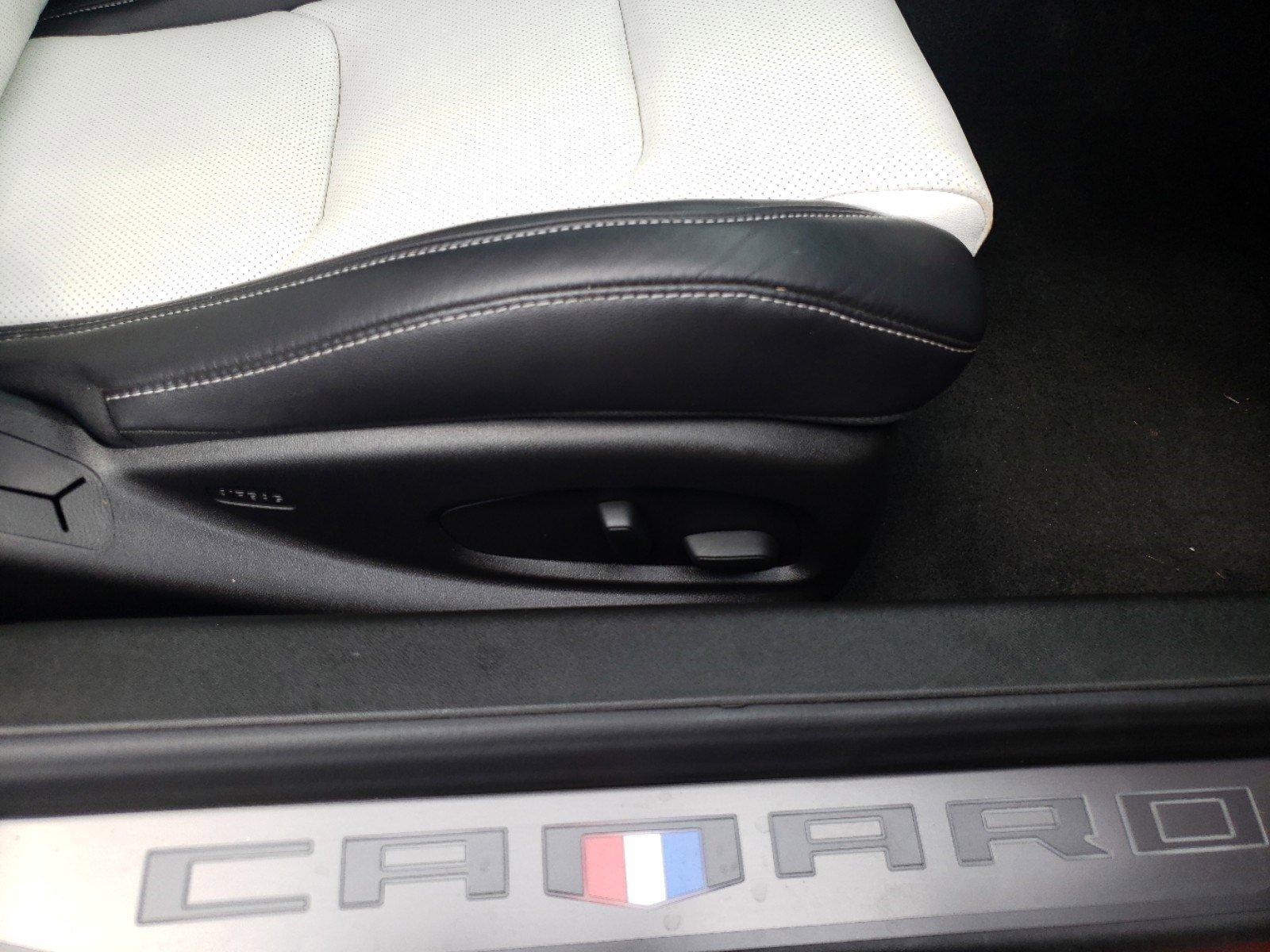 Pre-Owned 2017 Chevrolet Camaro 2LT