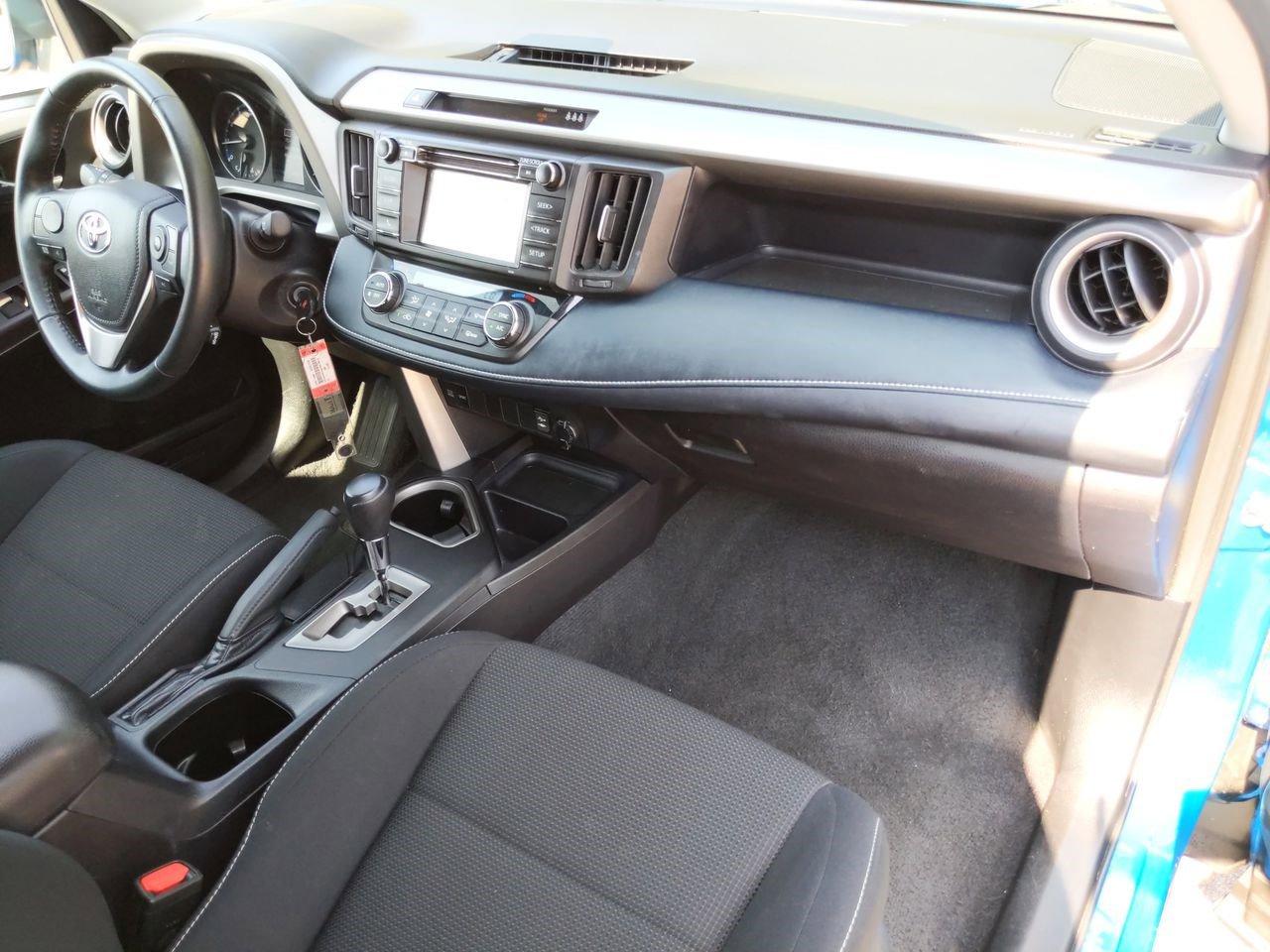 Pre-Owned 2018 Toyota RAV4 XLE