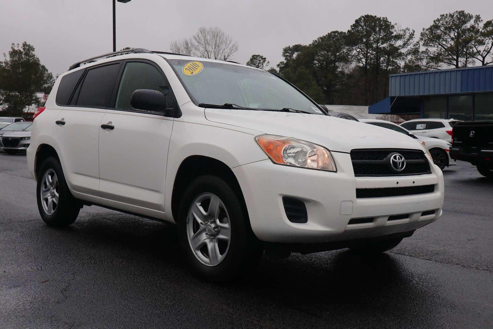 Pre-Owned 2010 Toyota RAV4 FWD 4dr 4-cyl 4-Spd AT
