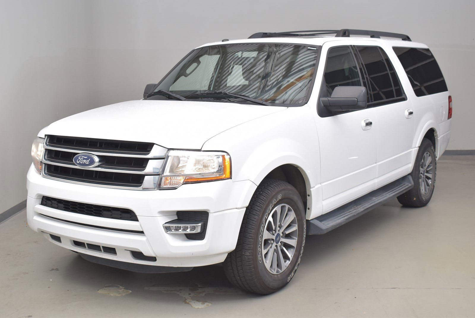 Ford Expedition El >> Pre Owned 2017 Ford Expedition El Xlt