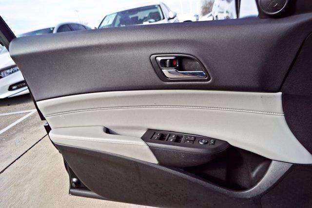 Pre-Owned 2018 Acura ILX Sedan