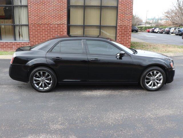 Pre-Owned 2014 Chrysler 300 300S