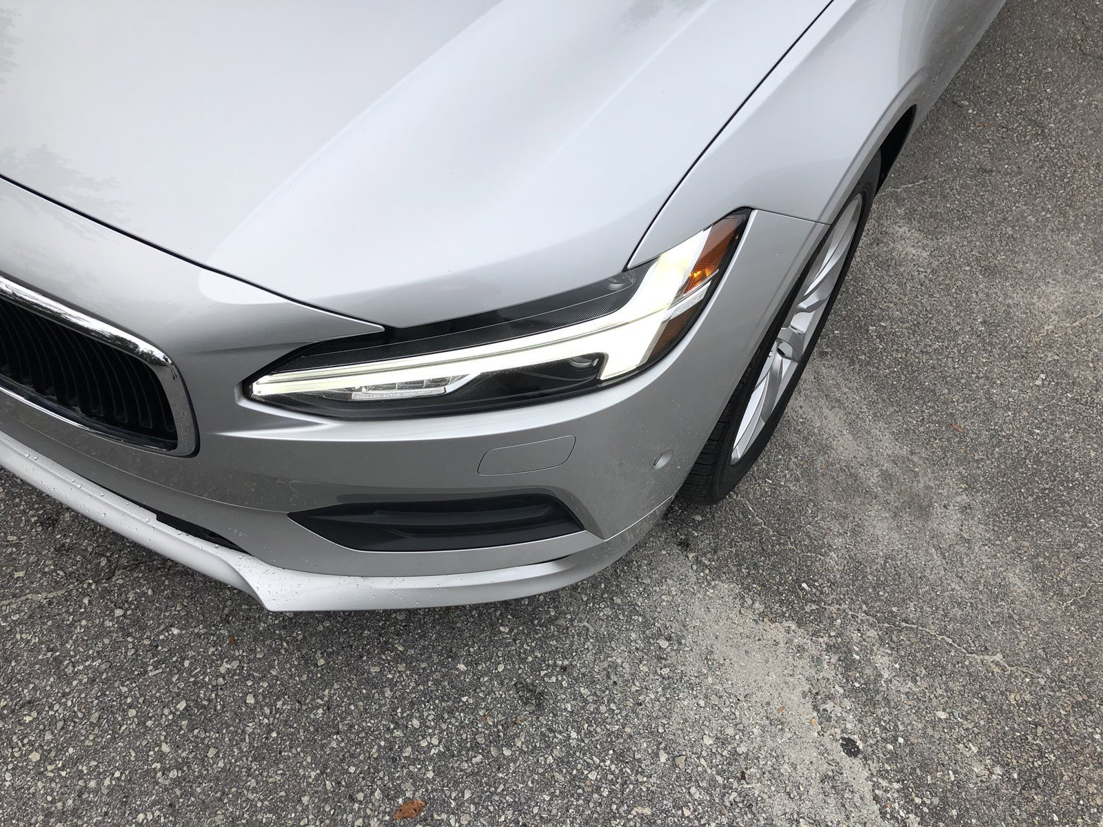 Pre-Owned 2018 Volvo S90 Momentum