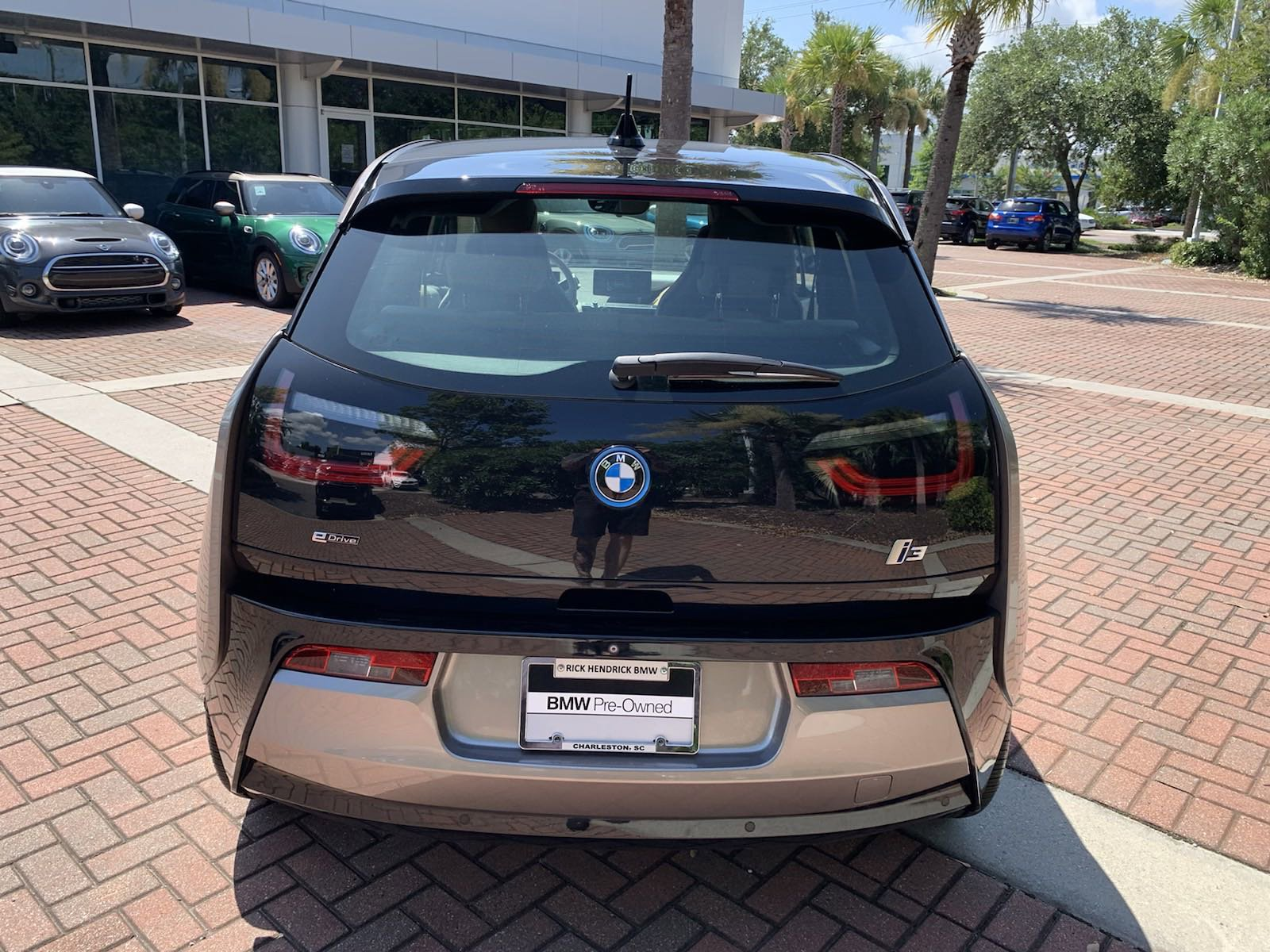 Pre-Owned 2014 BMW i3 4dr HB