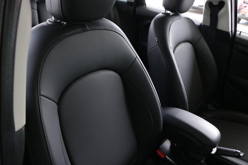 Pre-Owned 2015 MINI Cooper Hardtop 4 Door 4dr HB