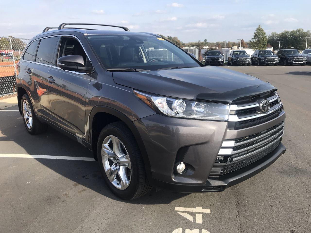 Pre-Owned 2017 Toyota Highlander Limited
